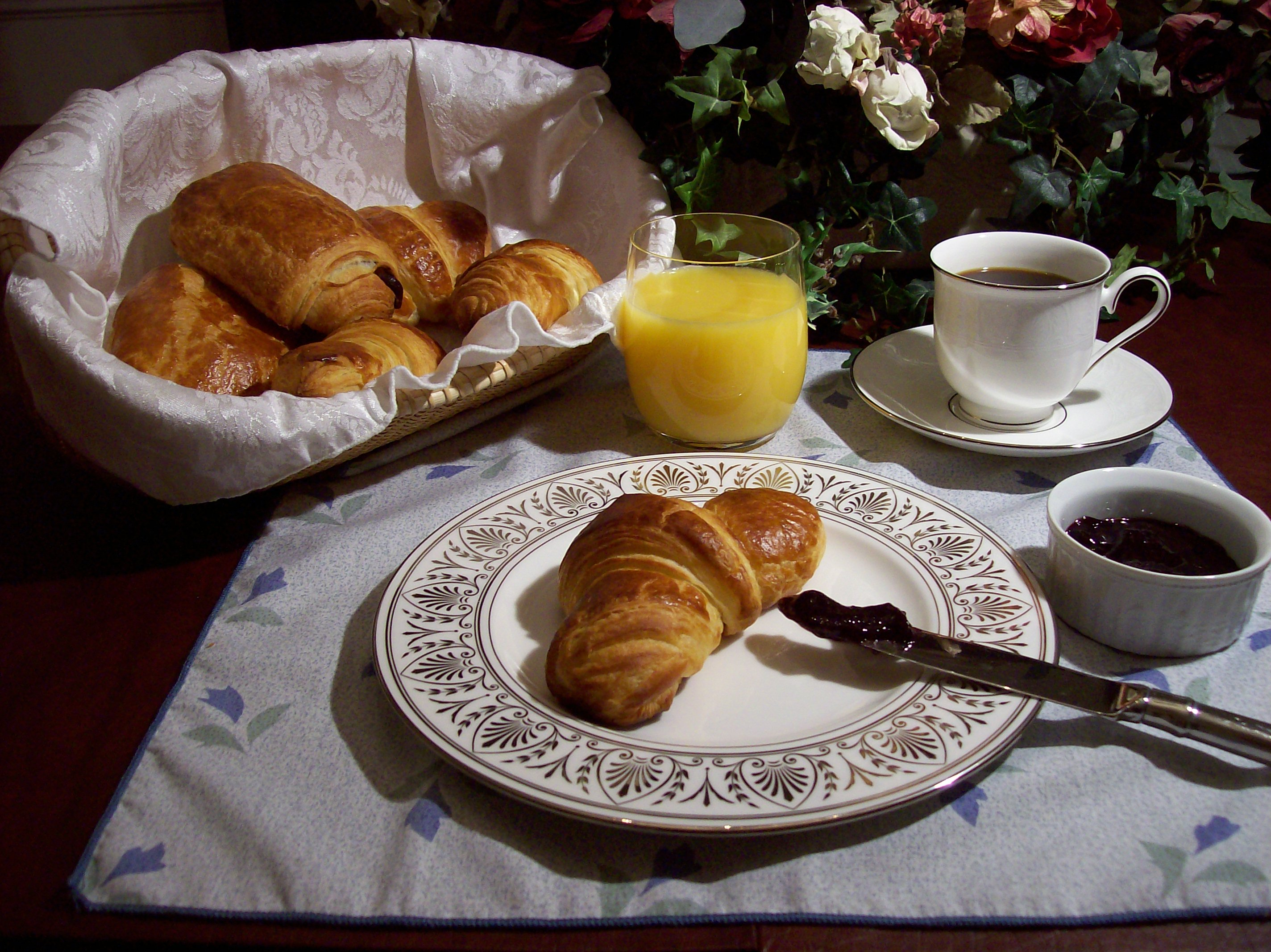 Croissants And Pain Au Chocolat Bread Cetera